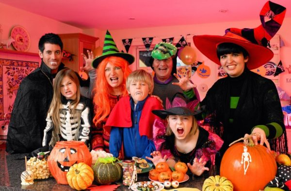How To Host the Most Memorable Adult Halloween Party This Year?